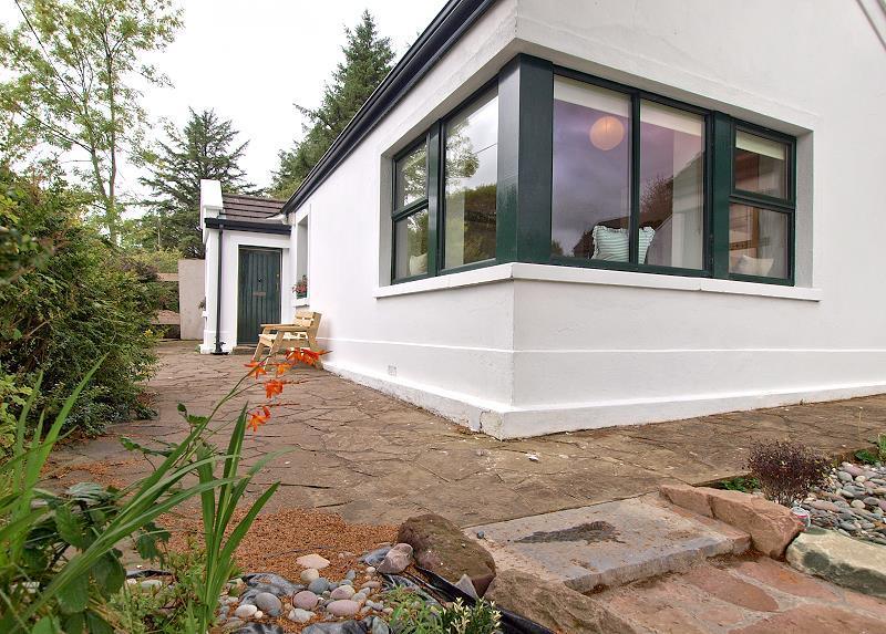 wohnen im bundorragha cottage ferienh user in irland. Black Bedroom Furniture Sets. Home Design Ideas