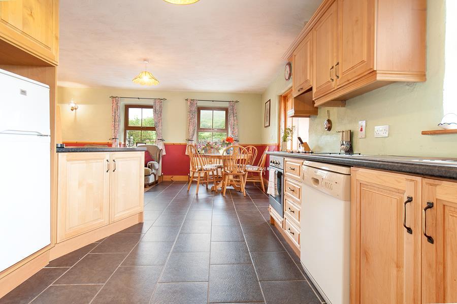wohnen im burren cottage co clare ferienh user in irland. Black Bedroom Furniture Sets. Home Design Ideas