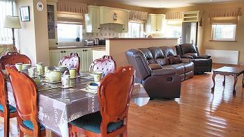 wohnen im horse island view ferienhaus ferienh user in irland. Black Bedroom Furniture Sets. Home Design Ideas