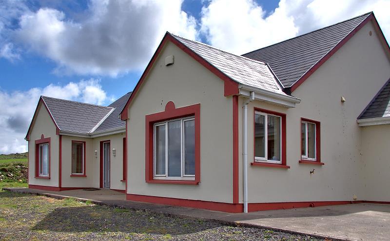 wohnen im kilkee ocean view cottage ferienhaus kilkee ferienh user in irland. Black Bedroom Furniture Sets. Home Design Ideas